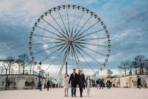 Sarah Bancroft and her family on Place de la Concorde and La Grande Roue - JPEG